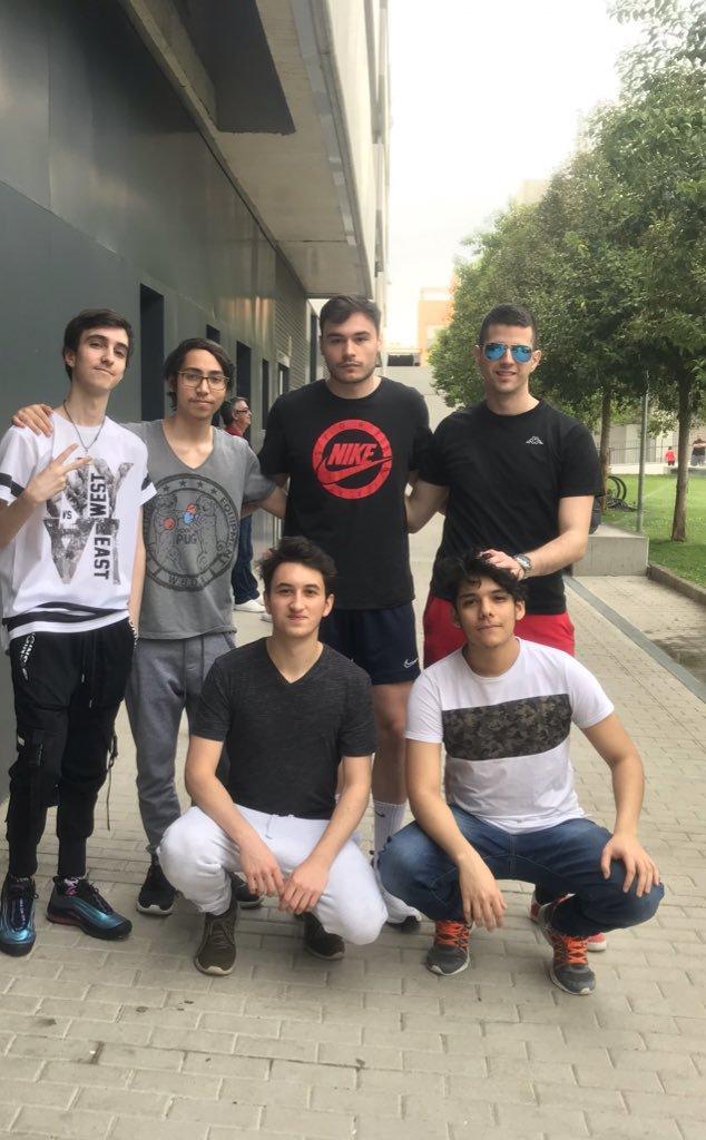 eMonkeyz Team 5